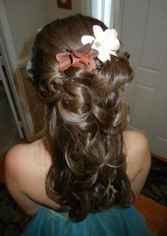 cute hairstyles for young girls | Cute Prom Updo Hairstyle For Teen Girl | New Cars Review For 2013