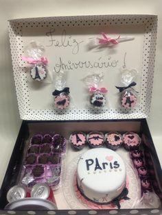 festa na caixa aniversário Stylish Girl Pic, Valentine Gifts, Birthday Cake, Frame, How To Make, Cookies, Boyfriend Gift Ideas, Romantic Ideas, Creative Ideas