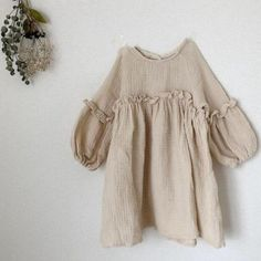"""Brand Name: campureGender: GirlsMaterial: COTTONAge Range: 25-36mAge Range: 4-6yOrigin: CN(Origin)Season: Spring & AutumnDresses Length: Mid-CalfCollar: Crew NeckSleeve Style: RegularSleeve Length(cm): FullStyle: """"European and American StyleFit: Fits true to size, take your normal sizeBuilt-in Bra: NoDecoration: RuchedModel Number: CX40Pattern Type: SolidDepartment Name: ChildrenSilhouette: A-LINESize: 80.90.100.110.120.130Style: FashionG: White Girls DressDresses: Girls DressesKids: kids Dr Toddler Dress, Toddler Girl, Baby Girls, Kids Girls, Summer Dress Outfits, Kids Outfits, Linen Dresses, Dresses With Sleeves, European Dress"""