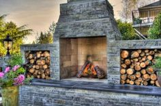 Love this Outdoor Fire-PLace...