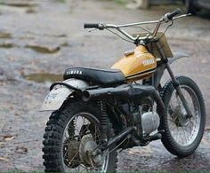 #Yamaha #DT #motocross by klassikkustoms http://overboldmotor.co