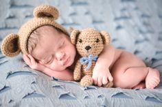 New Ideas For New Born Baby Photography : Kit Bear - Ursinho/Amigurumi crochê - Newborn - Newborn Bebe, Newborn Baby Photos, Baby Poses, Newborn Poses, Newborn Pictures, Newborn Session, Baby Boy Newborn, Baby Shawer, Newborns