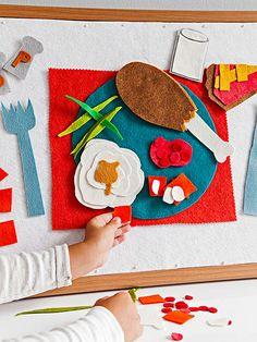On Turkey Day, kids can create a colorful felt feast while the adults prepare the Thanksgiving meal.
