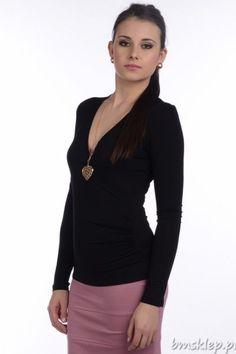 327c8f9eb3 Damska bluzka z długim rękawem marki LOOKat to idealny wybór na wiele  okazji. Ten model