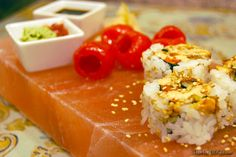 Sushi served on a chilled salt block - ways to cook with himalayan salt blocks