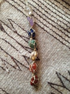 Chakra Crystals, Crystals And Gemstones, Stones And Crystals, Crystal Jewelry, Wire Jewelry, Jewelery, Cute Car Accessories, Rear View Mirror Accessories, Stone Wrapping