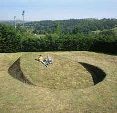 "Tanya Preminger - ""Round Balance"", 2008,  Soil, grass,  900 x 900 x 260 cm, Saint-Flour, France"