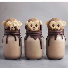 # cute Desserts Creative pastry desserts, can give a fresh feeling to the plain life, good-looking and delicious, everyone likes it! - Page 55 of 61 - zzzzllee Cute Food, Good Food, Yummy Food, Delicious Desserts, Smoothie Bol, Smoothies, Cookies Banane, Kreative Desserts, Freeze Dried Fruit