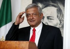 El ex candidato a la presidencia de México, Andrés Manuel López Obrador pidió, en su cuenta de Twitter, a la población reafirmar su compromiso de impedir que losneoporfiristasterminen de sepultar los logros de la Revolución, y reiteró su invitación para que acuda a la manifestación que Morena llevará a cabo el primero de diciembre en […]