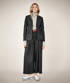 See the complete Piazza Sempione Fall 2016 Ready-to-Wear collection.