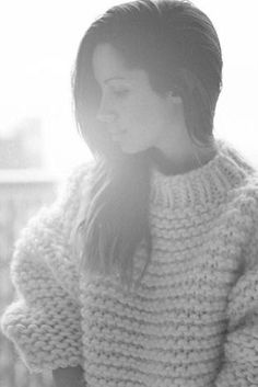 ilovemrmittens: love love love this beautiful photo! in Fashion wearing the Wool Boxy. Fashion Wear, Love Fashion, Big Knits, Chunky Knits, I Love Mr Mittens, Thick Sweaters, Knitted Coat, Pink Tutu, Creative Photography