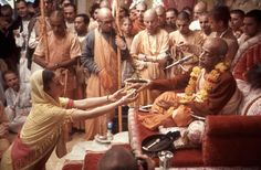 Honoring Srila Prabhupada
