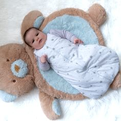Baby Wearable Blanket / Sleep Bag Grey Stars   #wearableblanket #bunnies #blue #grey #pink #neutral #babies #babiesofinstagram #baby #babyboy #babygirl #angeli #diy #diybaby #nursery #babynursery
