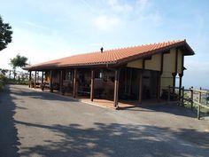 Chalet de madera en www.complejoecuestrecomillas.inmobiliariacantabria.net #InmobiliariaCantabria