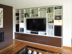 meuble tv sur mesure en mdf laqu et placage chne