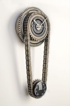 """""""Fat Gear"""" wall clock is a true beauty to anyone that enjoys upcycled designs. Created from original American motorcycle parts, graced by original patina, this wall clock looks just stunning. The heavy primary chain holds a thermometer. Deco Cool, Lampe Retro, Diy Clock, Automotive Decor, Metal Art, Metal Working, Gears, Recycling, Cool Stuff"""