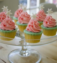 Shabby Chic Christmas Trees Cupcakes