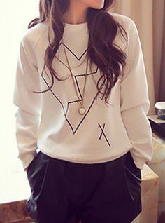Stylish Round Neck Long Sleeve Heart Pattern Color Block Sweatshirt For Women