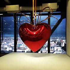 jeff koons heart à Paris