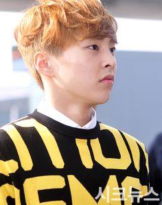 150327 Incheon Airport ❤ xiumin 민석이 뚱해쪄?