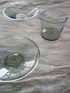 Tableware : ガラス作家「ピーター・アイビー」さんのゆらぎのあるガラスボウル