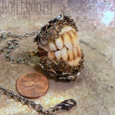 Goblin Teeth by BoilerGoth - now THAT would be one great keyring!!!  Could scare kids into brushing - and adults too!