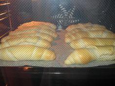 Pečivo z Chorvátska (fotorecept) - recept | Varecha.sk Bread, Food, Basket, Brot, Essen, Baking, Meals, Breads, Buns