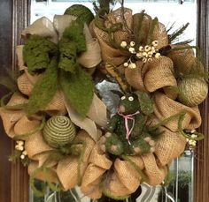 BURLAP and MOSS wreath,  I have to find some burlap ribbon!!!