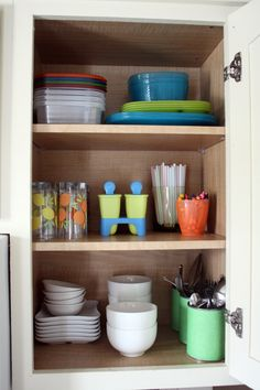 Dozens of fantastic ideas for organizing your kitchen cabinets #storage #organization | From Jen of I Heart Organizing!