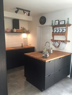 Small House Design, Little Houses, Own Home, Kitchen Interior, Home Kitchens, Kitchen Dining, Sweet Home, New Homes, Furniture