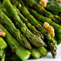 Grilled Asparagus and Spinach Salad with Smoked Paprika Dressing