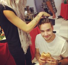 this may or may not be my favorite pic of Liam.