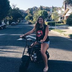QUEEN  BEAUTY  BEAUTIFUL �� Cameron Dolan, Ethan Dolan, Grayson Dolan, Cute Relationship Goals, Cute Relationships, Vine Boys, Vlog Squad, Smile Everyday, Smiles And Laughs