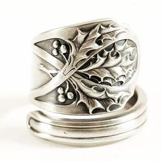 Holly Ring Sterling Silver Spoon Ring Gorham H451 ca by Spoonier