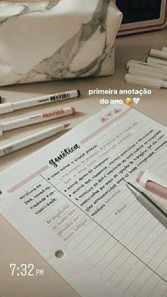 School Organization Notes, Study Organization, Bullet Journal Lettering Ideas, Bullet Journal Ideas Pages, College Notes, School Notes, Bullet Journal School, Pretty Notes, School Study Tips