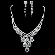 Rhinestone Beautiful Necklace And Earrings Set in Silver Alloy – USD $ 34.99 ___ I think this is the set I really want......:)