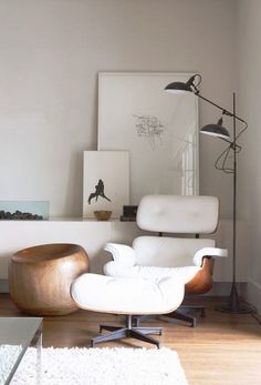 Eames lounge & switch-on lamp // prefer it in black, but like this setting! https://emfurn.com/collections/vintage-chic