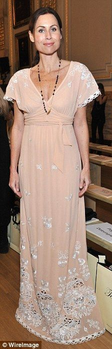 Minnie Driver - I really like her, and her dress!
