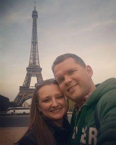 вот и долгожданная встреча состоялась #effeltower #france #paris #отдых #отпуск2015 by elena_pinoalto Eiffel_Tower #France