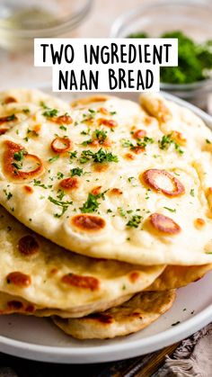 Easy Naan Recipe, Recipes With Naan Bread, Kos, Quick Bread Rolls, Bread Soup, Bread Bowls, Pita Bread, Easy Homemade Recipes, Butter Chicken