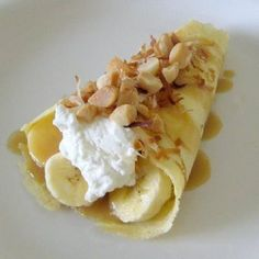 Banana Caramel Coconut Crepes Easy To Make French Crepe Recipe Easy Desserts, Delicious Desserts, Dessert Recipes, Yummy Food, Tasty, Dessert Ideas, Breakfast Crepes, Crepes And Waffles, Pancakes