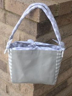 ikat bag: Make A Bag Chapter 10: Wrapped Tote- website has GREAT tutorials and detail instructions