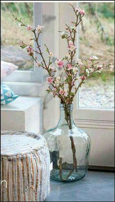 New Ideas Flowers Vase Decoration Bloemen Vases Decor, Centerpieces, Table Decorations, Big Vases, Big Glass Jars, Large Vases, Deco Nature, Deco Originale, Deco Floral