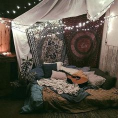 home decor в 2019 г. hippy bedroom, boho room и bohemian bedroom decor. Bohemian Bedroom Diy, Hippy Bedroom, Bohemian Dorm, Hippie Room Decor, Bohemian Bedding, Boho Room, Bohemian Tapestry, Hippie Tapestries, Bohemian Girls