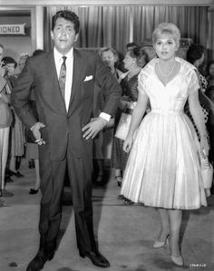 Check out this image from TCM. Full BTS shot of Dean Martin who plays Jeffrey Moss and Judy Holiday who plays Ella Peterson. Martin King, Dean Martin, Judy Holliday, Old Tv, Film Director, Famous Women, Plays, Mcqueen, How To Memorize Things