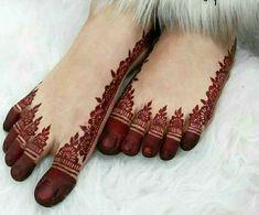 Henna Tattoo Designs Simple, Finger Henna Designs, Legs Mehndi Design, Latest Bridal Mehndi Designs, Full Hand Mehndi Designs, Mehndi Designs Book, Mehndi Designs For Beginners, Mehndi Design Photos, Wedding Mehndi Designs