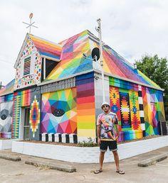 "Street artist Okuda San Miguel turned an abandoned house into a bright piece of street art: ""The Universal Chapel"". Transformers, Festival D'art, Fort Smith Arkansas, Street Installation, Okuda, Chapelle, Outdoor Art, Abandoned Houses, Street Artists"