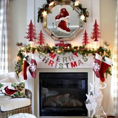 Give your Christmas decoration a festive touch. Try the classic Red and white Christmas decor. Here are Red and White Christmas decor ideas for you. Decoration Christmas, Christmas Mantels, Noel Christmas, Merry Little Christmas, Xmas Decorations, All Things Christmas, White Christmas, Holiday Decor, Victorian Christmas