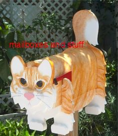 Offering a Maine Coon Cat mailbox - Custom painted Cat mailbox Unique Mailboxes, Painted Mailboxes, Custom Mailboxes, Diy Mailbox, Metal Mailbox, Mailbox Ideas, Cat Facts Text, Cats Outside, Wooden Animals