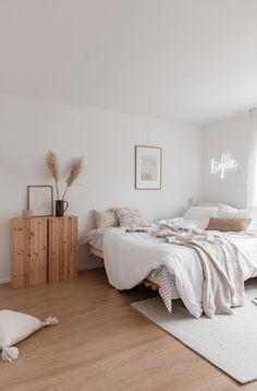 Home Decoration Application - . - Home Decoration Application – # Check more at d - Decoration Bedroom, Room Decor Bedroom, Home Bedroom, Bed Room, Bedroom Ideas, Bedroom Inspo, Light Bedroom, Home Decoration, Wooden Furniture Bedroom